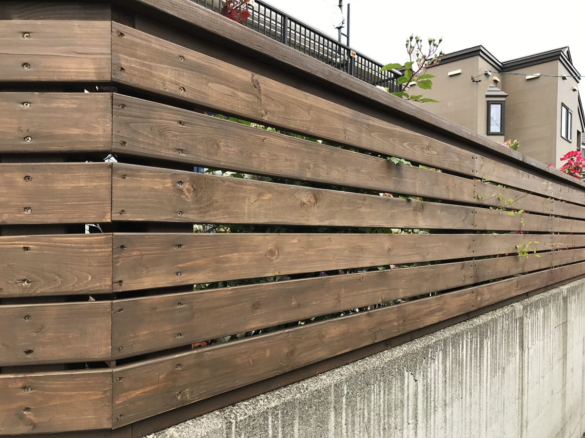 木製フェンス完成