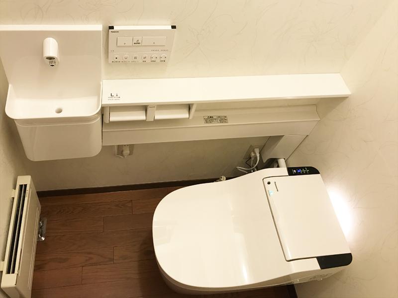 全自動お掃除トイレ「新型アラウーノ」