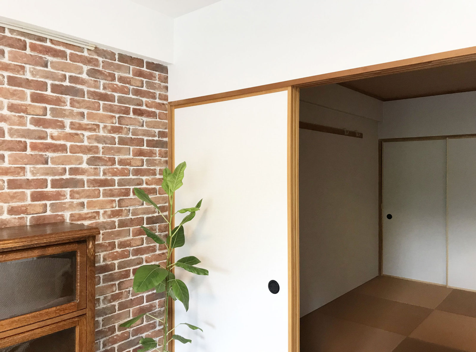 アンティーク調の家具にも合う和室
